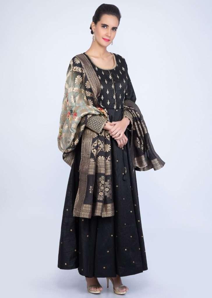 black-raw-silk-anarkali-dress-with-shaded-weaved-in-digital-print-only-on-kalki-477426_7_