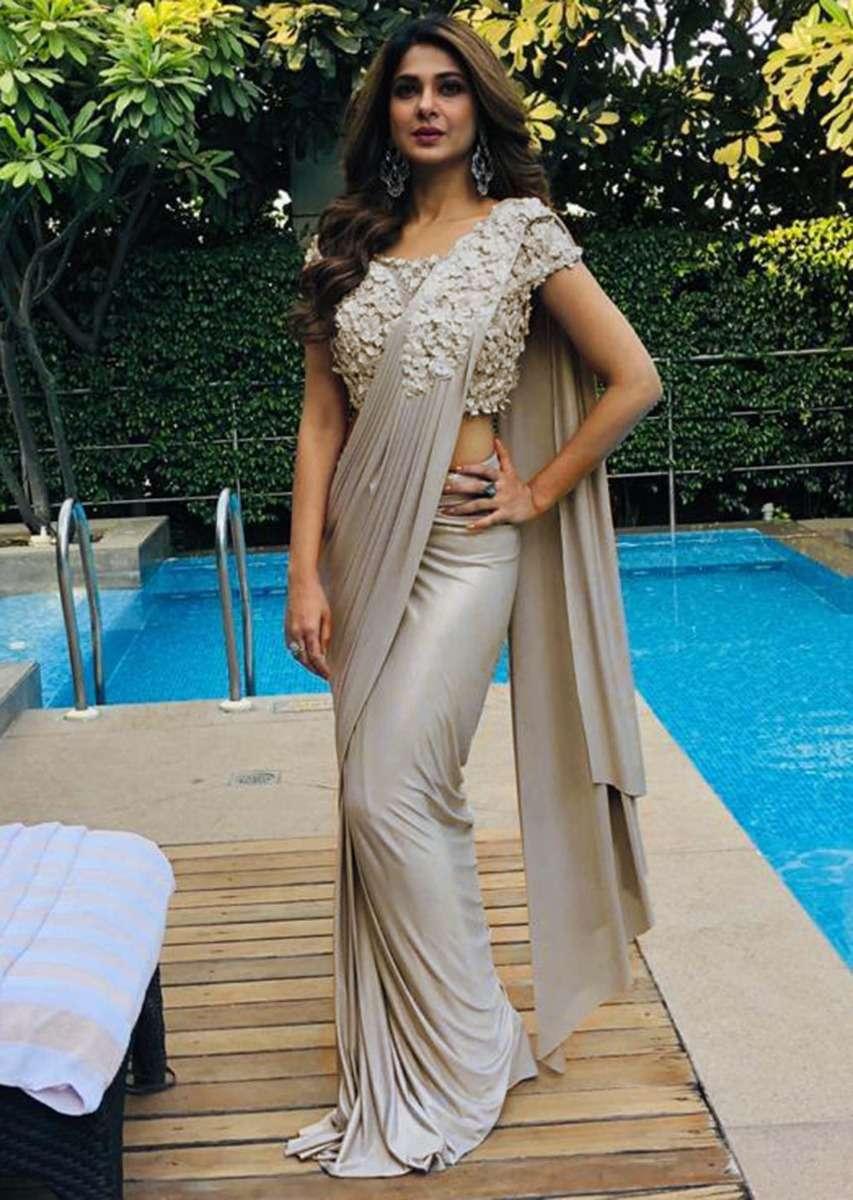 grey draped lycra saree