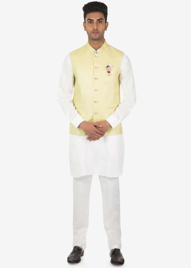 white_kurta_aligarhi_pyjama_and_beige_silk_vest_coat_set_on_kalki_-_434408_5_